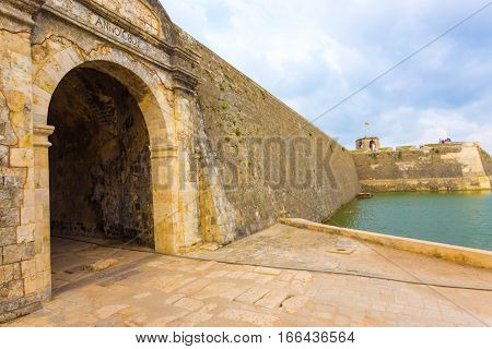 Jaffna Fort Entrance Door Rampart Wall Moat