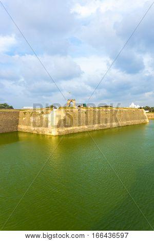 Jaffna Fort Exterior Rampart Moat Tourists V