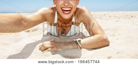 Smiling Woman In Funky Glasses Taking Selfies At Sandy Beach