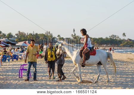 Malagasy Beauty, Beautiful Girls Ride Horse