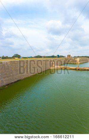 Jaffna Fort Entrance Bridge Moat Distant V