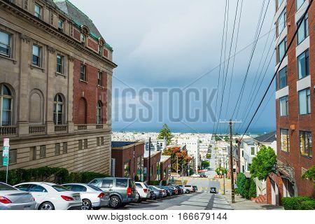 a grey sky in San Francisco California