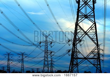 Powerlines 7