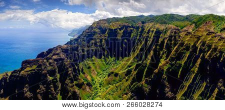 Panoramic Landscape View Of Na Pali Coastline In Dramatic Style, Kauai, Hawaii