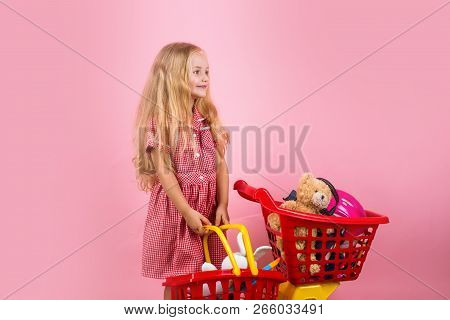 I Just Shop For Shopping Sake. Small Girl In Shop. Small Shopper. Little Girl Shopping. Little Shopa