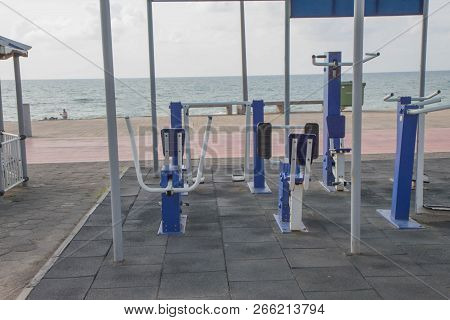 Fitness Equipment,gym Equipment Outdoor Suppliers. Outdoor Exercise Equipment Near The Beach. Lose W