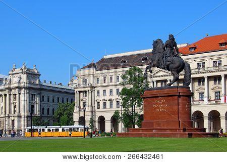 Budapest, Hungary - May 5, 2018: Rakoczi Ferenc Statue On Kossuth Lajos Ter (square) In Historic Cen