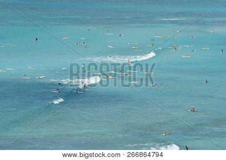 Waikiki, Hawaii (usa) - 3/12/17 . Waikiki Beach From An Aerial View With People Surfing And Enjoying
