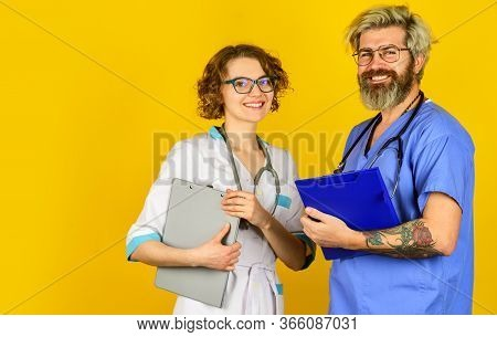 Medical Education. Evidence Based Medicine. Team Of Doctor And Nurse Cooperating. Hospital Treatment