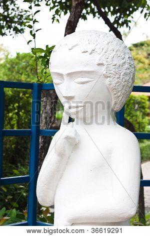 image statue