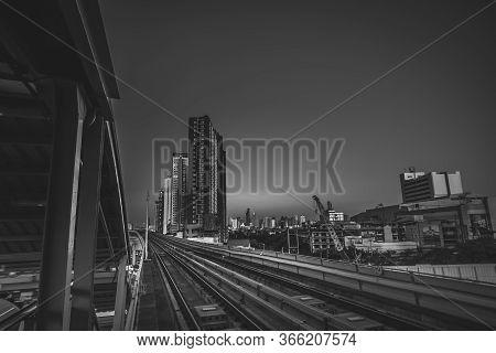 November2019,bangkok Thailand Bangkok Modern Office Buildings And Condominium In Bangkok City Downto