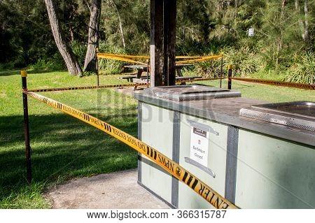Sydney, Australia 2020-05-09 National Park Picnic Area With Public Bbq Closed Due To Coronavirus Pan