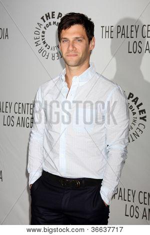 LOS ANGELES - SEP 5:  Justin Bartha arrives at