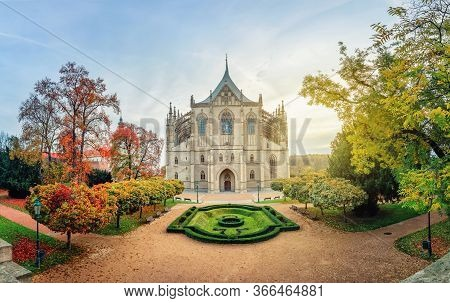 Kutna Hora, Czechia. Wide Angle View Of St Barbara's Cathedral On Sunrise With Autumn Trees (hdr-ima