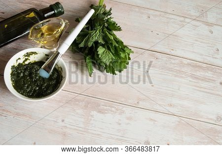 Natural Home Skin Care. A Bunch Of Nettle Dioecious, A Bottle Of Olive Oil And A Ready-made Mask Of