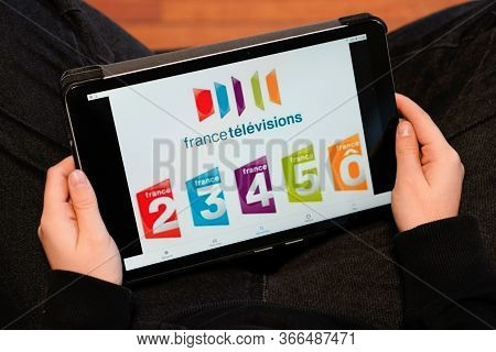 Bordeaux , Aquitaine / France - 11 30 2019 : France Television Group On Screen Tablet Woman Touch Pa