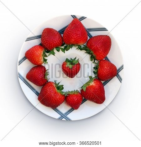 Still Life With Sweet Ripe Strawberries On The Beautiful Plate Against White Background. Selective A