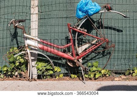 Old Rusty Bike Robbed - Worthless And Useless Due To Theft