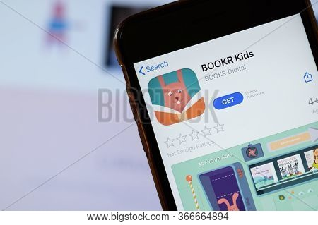 New York, Usa - 15 May 2020: Bookr Kids Mobile App Logo On Phone Screen, Close-up Icon, Illustrative