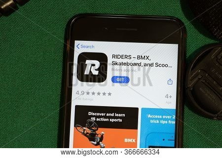New York, Usa - 15 May 2020: Riders Mobile App Logo On Phone Screen, Close-up Icon, Illustrative Edi