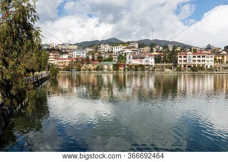 Sa Pa, Vietnam - November 20, 2018: Beautiful Scenery Of Sa Pa Lake And Town. Sa Pa Or Sapa Is A Dis
