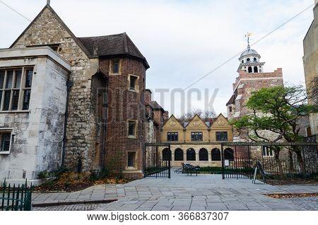 London, Uk: Dec 2, 2017: The London Charterhouse Is A Historic Complex Of Buildings In Smithfield, L