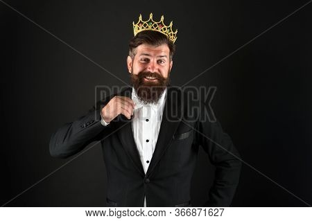Glory Seeking Man. King Of Style. Best Man On Earth. Achieving Business Success. Royal And Luxury. H