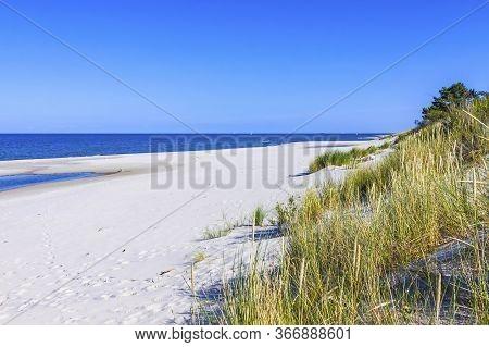 Beautiful Sandy Beach On Hel Peninsula, Baltic Sea, Pomeranian Voivodeship, Poland. Hel Is A 35-km-l