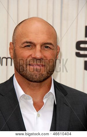 LOS ANGELES - JUN 8:  Randy Couture arrives at the Spike Guy's Choice Awards 2013 at the Sony Studios on June 8, 2013 in Culver City, CA
