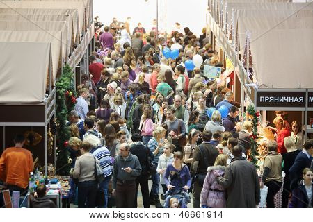 MOSCOW - DEC 1: Crowd at sixth gastronomic festival Foodshow Christmas at Gostiny Dvor, on Dec 1, 2012 in Moscow, Russia.