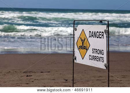 Danger - Strong Currents