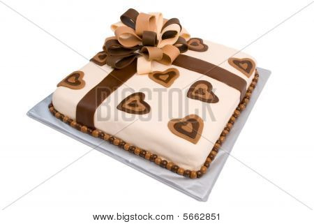 Fondant Gift Cake With Elaborate Ribbon