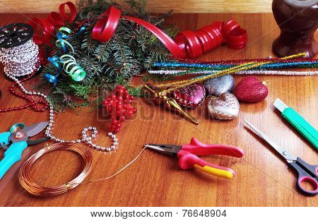Process of making christmas wreath