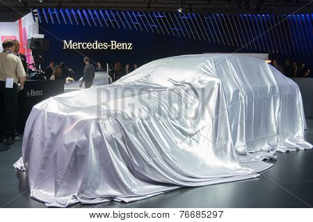 Mercedes-benz  Press Conference To Debut Car