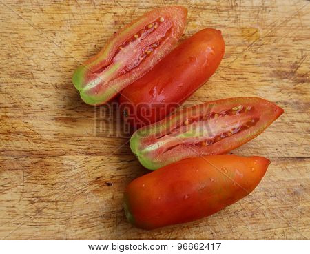 Atypical tomatoes