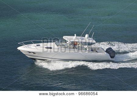 White Cabin Cruiser