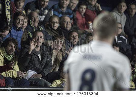 VILLARREAL, SPAIN - FEBRUARY 26: Spectators talk with Toni Kroos during La Liga match between Villarreal CF and Real Madrid at Estadio de la Ceramica on February 26, 2017 in Villarreal, Spain