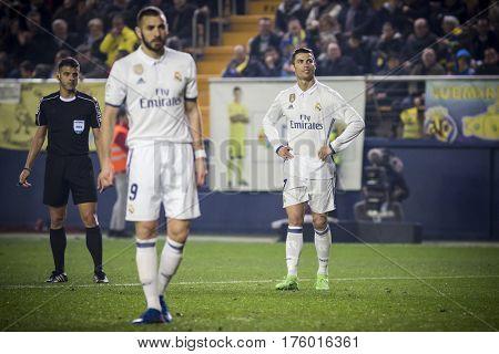 VILLARREAL, SPAIN - FEBRUARY 26: (L) Referee (R) Ronaldo during La Liga match between Villarreal CF and Real Madrid at Estadio de la Ceramica on February 26, 2017 in Villarreal, Spain