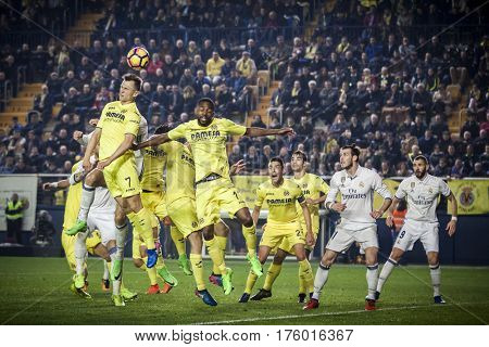 VILLARREAL, SPAIN - FEBRUARY 26: Various players during La Liga match between Villarreal CF and Real Madrid at Estadio de la Ceramica on February 26, 2017 in Villarreal, Spain