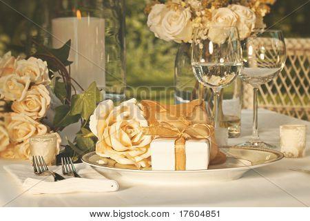 Złote wesele sprzyja na płytce w recepcji