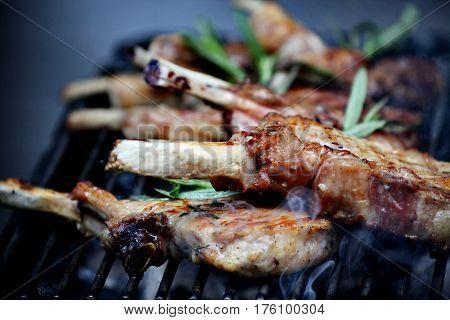 Meat, pork, veal, grill, on bone, brazier, chasper, rosemary, smoke