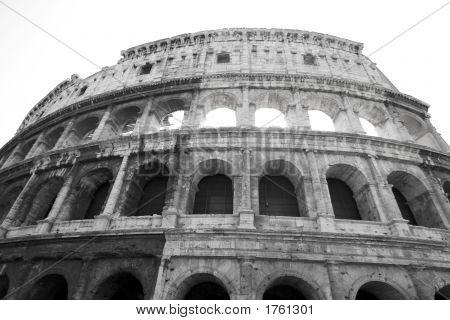 070409_057_Rome_Coliseum_Bw