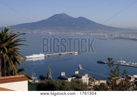 070411_109_Naples