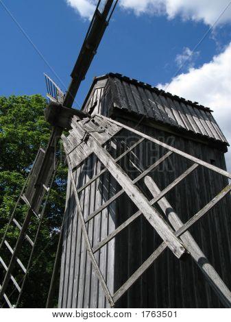 Skansen_Windmill_3