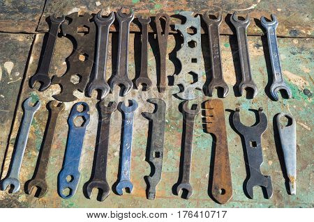 The old tool lies on the bench