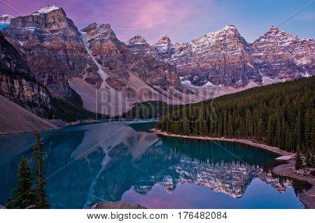 Sunrise at Moraine lake, Banff NP, Canada