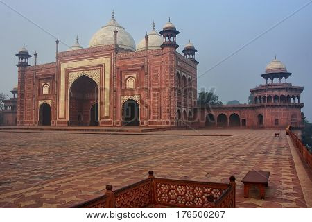 View Of The Mosque At Taj Mahal Complex In Early Morning, Agra, Uttar Pradesh, India