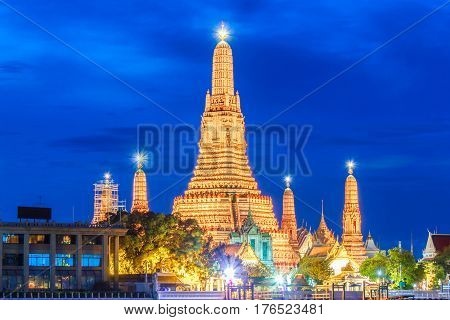 Wat arun night view temple in bangkok Thailand