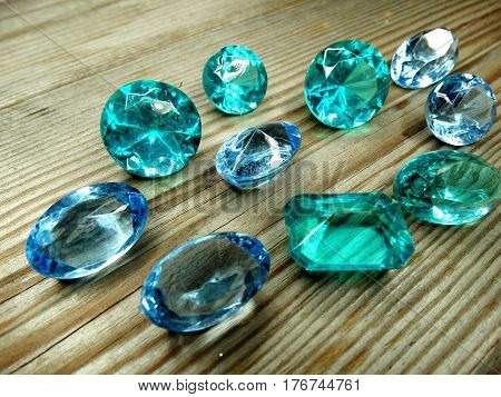 gem stones sapphire aquamarine diamonds jewel group