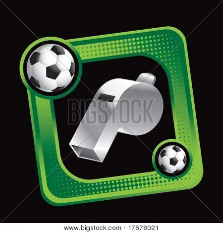 yeşil spor footballs yer kutusunu görüntülemek ve hakem düdük